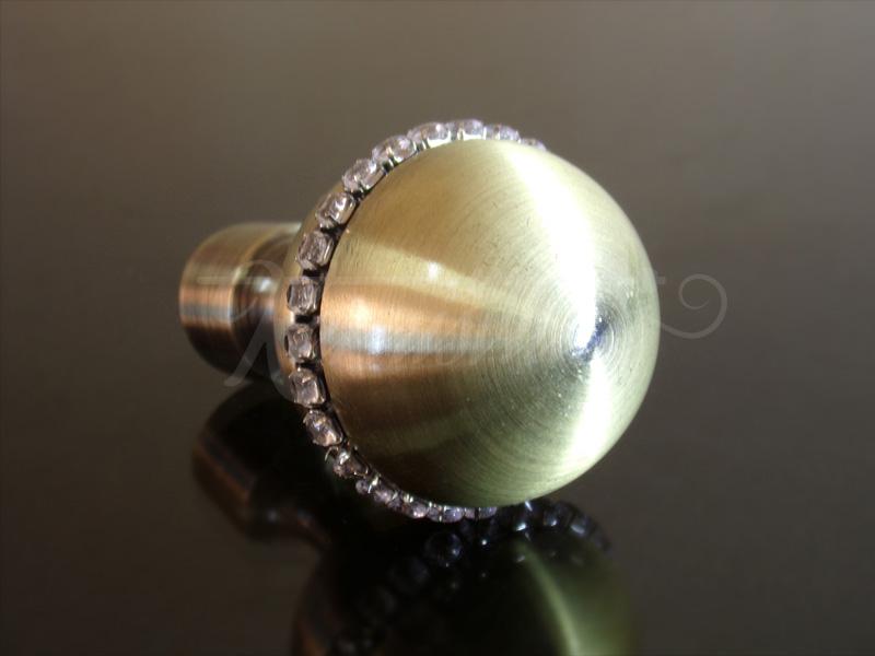 Callisto kristály antik arany színű fém végzáró