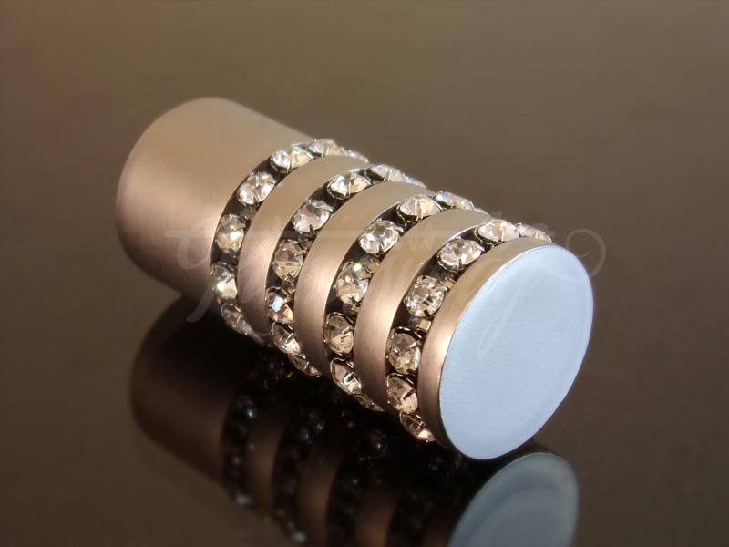 Cristal henger  szatén nikkel fém karnis végzáró