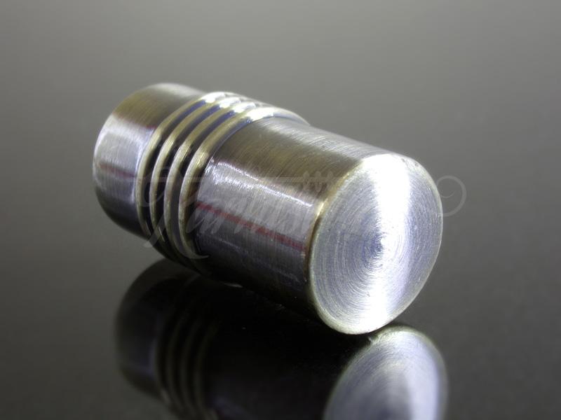 Henger mintás  szatén nikkel fém karnis végzáró
